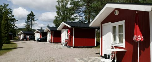 Simple 2-bed cabins with access to shower, toilet and free wi-fi